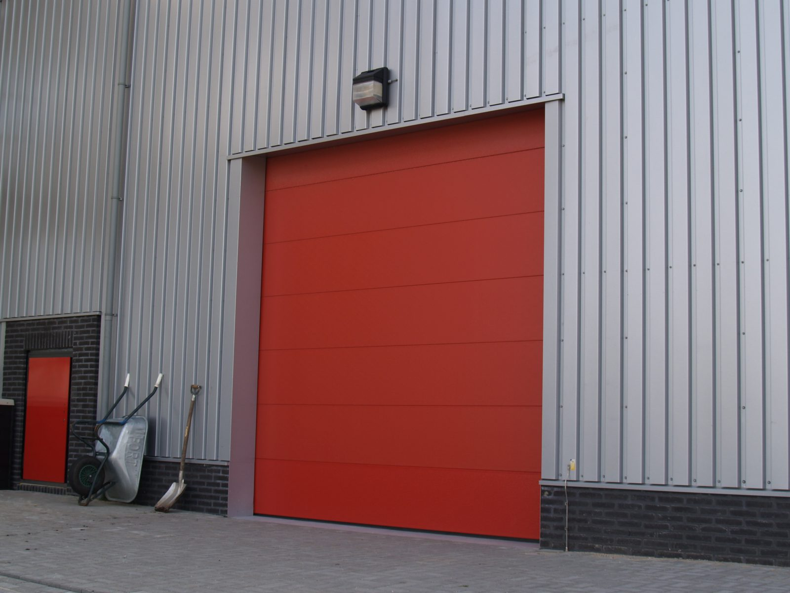 Fire-resistant overheaddoors - Sound-insulating - Protec Industrial Doors & Acoustic door - RWZI Amersfoort - Protec Industrial Doors