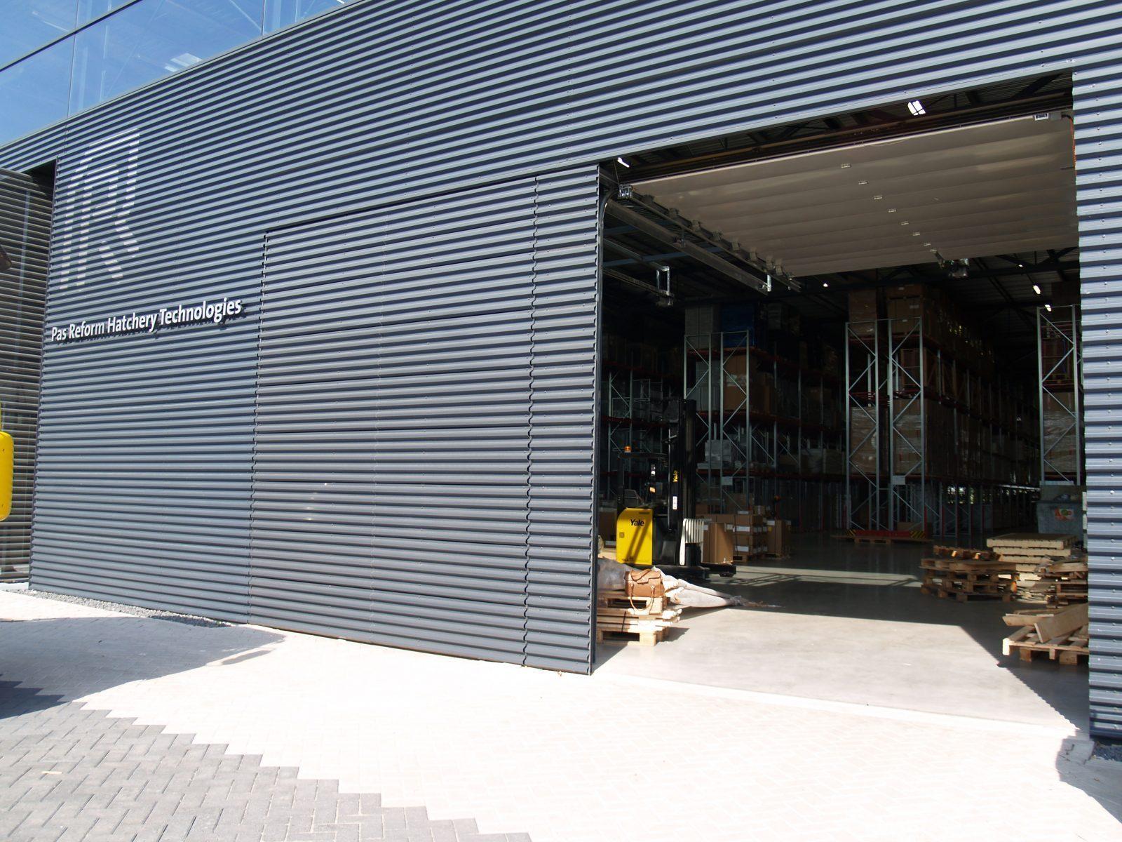 Aesthetic doors - Special doors - Protec Industrial Doors & Special designed doors - Pas Reform - Protec Industrial Doors