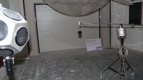 Sound insulation test Peutz - Overheaddoor - Protec Industrial Doors