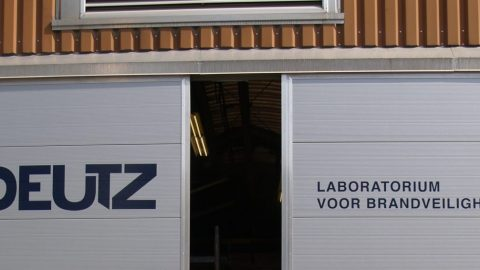Testing laboratory of Peutz - Fire proof door test - Tested and certified fire-resistance