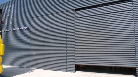 Overheaddoors identical to the facade - Pas Reform - Protec Industrial Doors